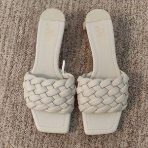 ZARA plaid cover heeled sandal